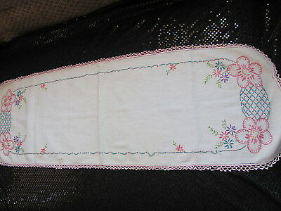 Vintage Runner Dresser Scarf w Pink Flowers & Lattice - Cutter - Sewing Project