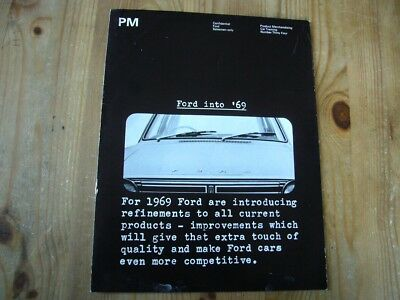 Extremely rare: 1968 Ford salesman's brochure on the Ford Escort & range, superb