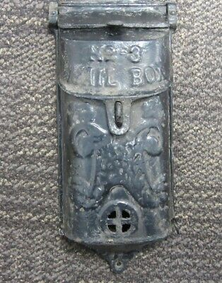 Antique Cast Iron Griswold No. 3 Mail Box
