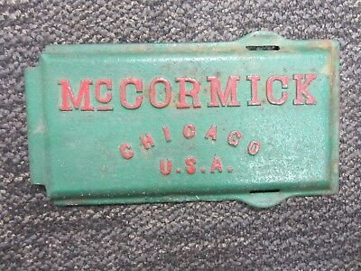 Antique Cast Iron Mccormick Tractor Chicago U.s.a. M1410 Ih Tool Box Lid / Cover