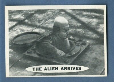 1966 Topps SUPERMAN #50 The Alien Arrives *NearMint*