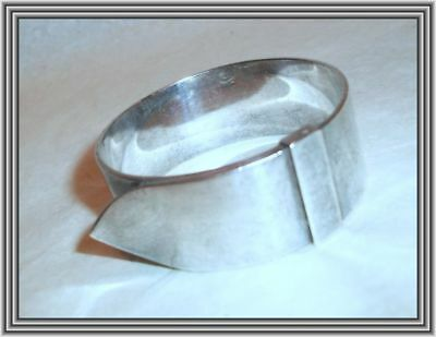"HERMES - French Silver c1960s - .75"" BUCKLE & STRAP MOTIF SILVER NAPKIN RING NR"