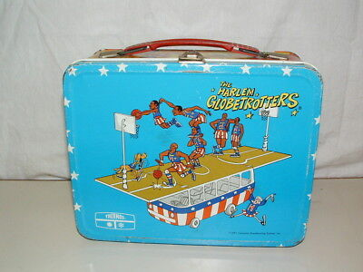 1971 THERMOS brand TIN-LITHO ( THE HARLEN GLOBETROTTERS  )  LUNCHBOX ONLY
