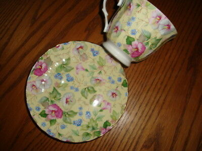 Crown Trent England Floral Chintz Cup/saucer