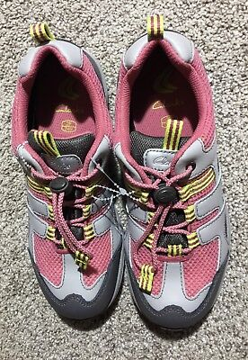 Clarks Youth Sneakers Goretex Hiking Shoes Pink & Grey Size 2.5 M New