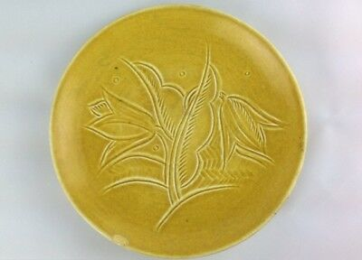 Susie Cooper Signed Studio Plate Mustard Yellow Incised Stylised Decoration 1932