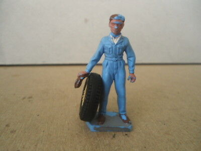 Britains no.1256 Mechanic With Wheel.Plastic 1:32 Scale Vintage Figure