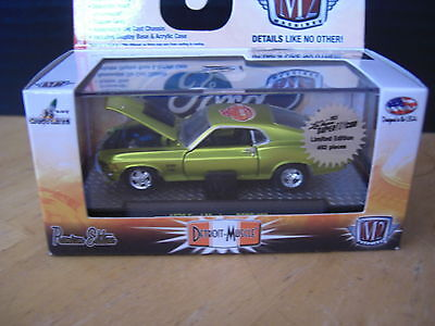 M2 Machines  1970  70 Ford Mustang Boss 429  ToyCon chase  1 of 492 1/64 Diecast