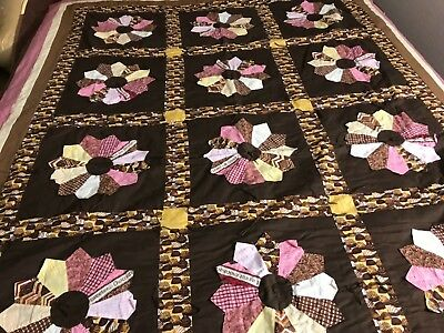 """Vtg HANDMADE DRESDEN PLATE QUILT 68""""X 96"""" Pinks & Browns Chocolate Candy Double"""
