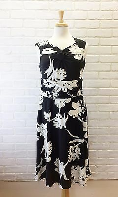 84fc541c4630 MAJORA Fit and Flare Career Dress Black and White Floral Ruched Side Large