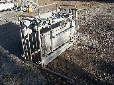 Heavy Equipment Attachments 100% Quality Ironworks Sheep Turnover Crate