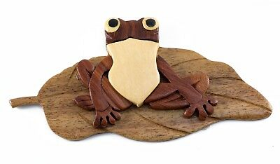 """Wood Intarsia Frog On Lily Pad Magnet Handcrafted 4.25"""" Long New!"""