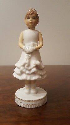 Enesco- Growing Up Girls - Brunette First Communion Figurine, 4006952