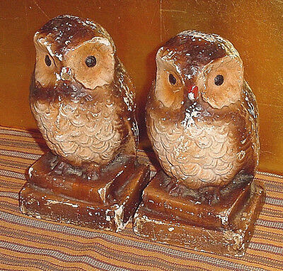 Vintage SHABBY CHIPPY WISE OLD OWLS ON BOOKS Chalkware BOOKENDS Primitive Birds