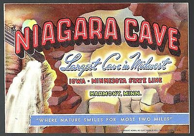 1940 Color Picture Booklet NIAGARA CAVE, HARMONY, MINNESOTA