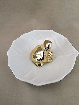 Unmarked Lily Pad With Frog Trinket Dish
