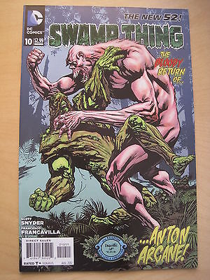 Swamp  Thing  #  10 . By  Scott Snyder.   The New 52. Great Cover ! Dc. 2012