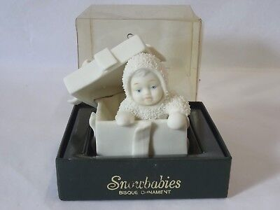 Dept 56 1989 Surprise Snowbabies Snowbaby Peeking Out of a Christmas Present