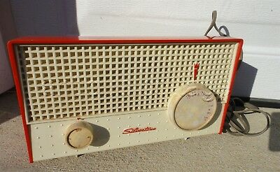 vintage TUBE RADIO SEARS SILVERTONE retro RED plastic WORKS with static