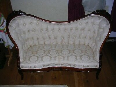 Victorian Ivory White Sofa Settee Loveseat Tufted Carved Wood A+++ Condition
