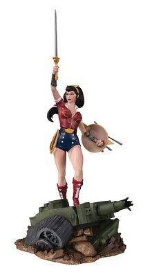 Other Statues--DC Bombshells - Wonder Woman Deluxe Statue