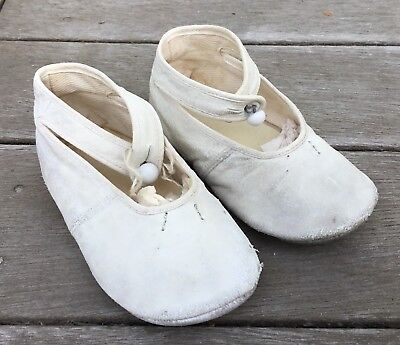 Original Antique Vtg Victorian White Leather Baby Doll Shoes Ankle Strap Buttons