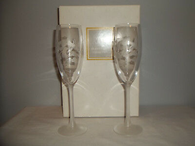 1994 Avon Set Of 2 Crystal Frosted & Etched Hummingbird Champagne Flutes