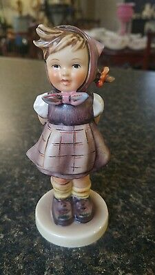 Hummel WHICH HAND Goebel Girl Figurine #258 Trademark 4
