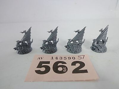ML Warhammer Dreadfleet - Man O War - 4 Auxilary Ships
