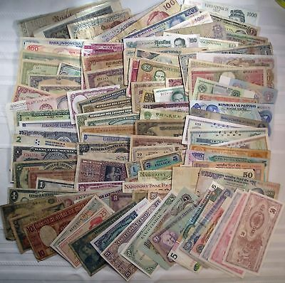 Lot of 100+ different world paper money banknotes currency