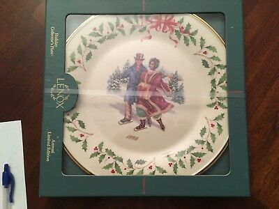 """Lenox Sealed Annual Collector Plate Holiday 10.5"""" 1998"""