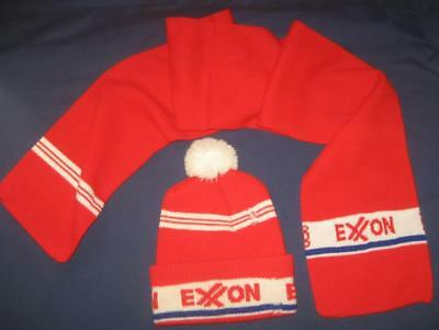 Unused Vtg Exxon Knit Ski Cap & Scarf Set Gas & Oil Advertising Wear Or Display
