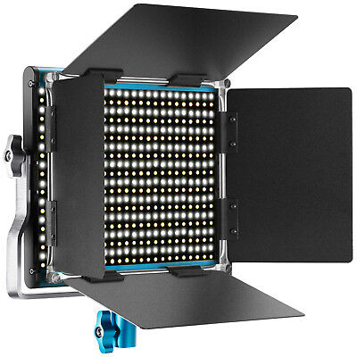 Neewer Blu Luce LED Bicolore con 660 Bulbi Staffa-U & Barndoor 3200-5600K CRI96+