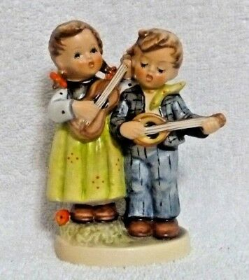 Goebel W.Germany Hummel Figurine Happy Days #150/2/0 TMK5