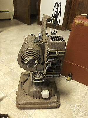 Vintage Revere Model 85 Movie Film Projector 8mm w/ Case