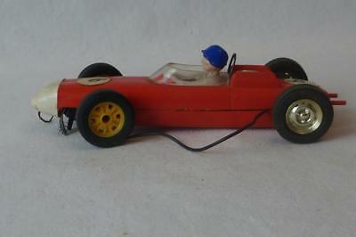 VINTAGE TRI-ANG SCALEXTRIC  1960's PORSCHE F 1 SINGLE SEATER C 73 RED AND WHITE