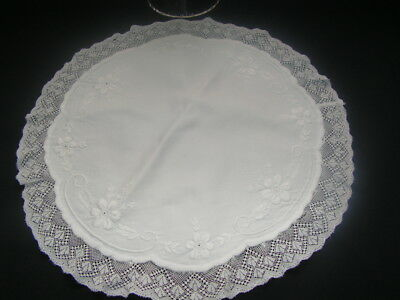 B'ful Antique Richly Hand Worked Embroidery  & Lace Small Round Tablecloth