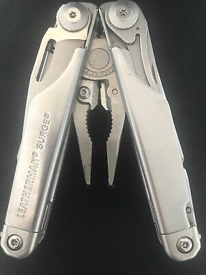 Leatherman Multi Tool with 42 Bit Kit LT27