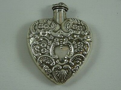 PRETTY, solid silver HEART SHAPED, SCENT BOTTLE, c1930, 22gm