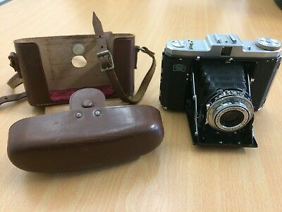 Original Zeiss Ikon Nettar 518/16 Folding Camera + Leather Case.