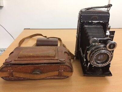 Original Zeiss Ikon Super Ikonta 531/2 Folding Camera + Leather Case.