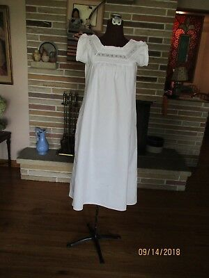 Cute white cotton night gown vintage style