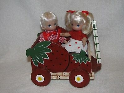 """Pair Of 4"""" Little Boy & Girl Precious Moments Dolls In A Wooden Strawberry Wagon"""
