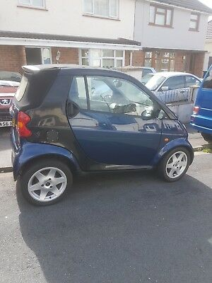 SMART FORTWO 2004 CABRIOLET CONVERTIBLE. Needs alternator.new mot