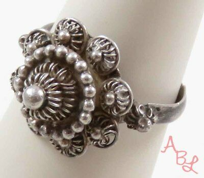 Sterling Silver Vintage 925 Repousse Art Beautiful Ring Sz 7.25 (2.8g) - 737713