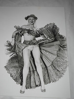 "Betty Grable actress famous WWII pin-up girl, dancer, Photo 8"" x 10"""