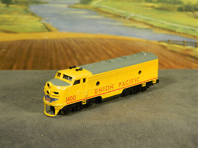 N Scale Life-Like F7 F7A Diesel Loco UNION PACIFIC UP #1400 with DCC INSTALLED