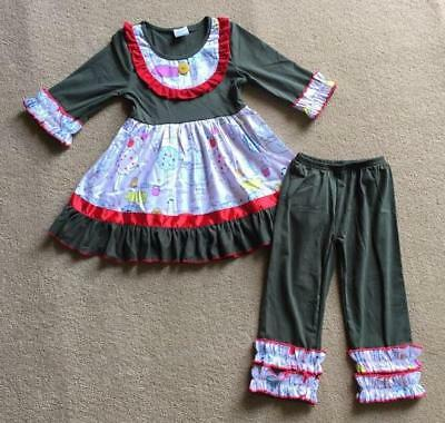W-244 Girl's 2PC Green and Red w/animals Outfit Size  4T (Free Shipping)