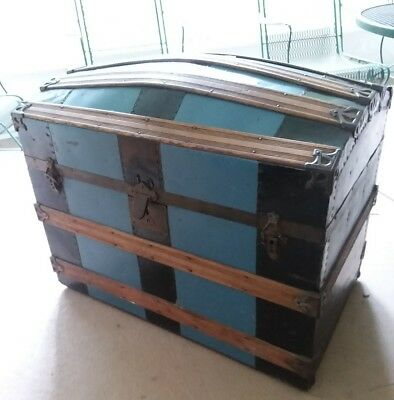 Vantage Antique Hump Back Trunk  Dome Top Chest Camel Storage Pirate Steamer
