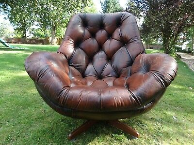 Iconic!! Vintage Mid 20th Century  Brown Leather Egg Swivel chair, Glove, Danish